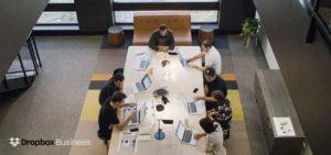 Billede af team der arbejder med Dropbox Business